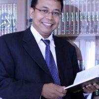 Prof. Dr  HeruKurnianto Tjahjono